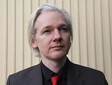 Julian Assange Wikimedia Binnenkort komt bovendien een VN-team naar Zweden om de klacht te onderzoeken die Assange heeft ingediend bij de Hoge Commissaris ... - Julian-Assange-Wikimedia