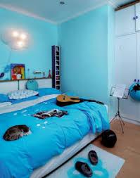 cat kamar tidur minimalis warna biru: Warna cat kamar tidur minimalis