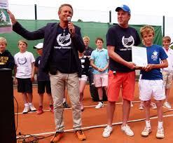 """LTK:s ordförande Leif Jonson, chefstränaren och sportchefen Peter Hjort och """"Årets junior"""", Erik Grevelius. - 4823"""