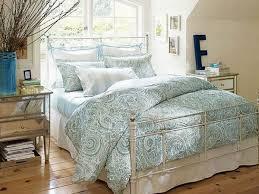 modern bedroom decor mirrored furniture nice modern