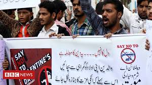 Pakistan capital bans <b>Valentine's Day</b> - BBC News