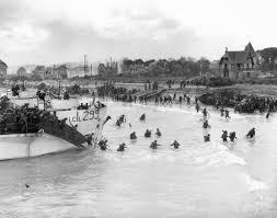 Normandy Invasion  Canadian  rd Division troops at Bernieres  Juno Beach    Kids Encyclopedia   Children     s Homework Help   Kids Online Dictionary       Kids Britannica