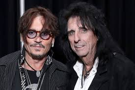 <b>Alice Cooper</b> Considers What His Biopic Would Be Like