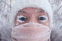 Сибиряк в <b>нижнем белье</b> в -40 С° прокатился на ковше экскаватора