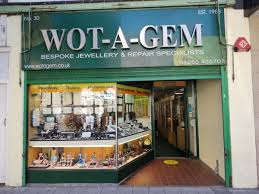 <b>Summer is now</b> here and Clacton shops are open   Clacton and ...