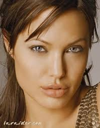 <b>Angélina Joli</b> - 319370_YRBIKNYUFGUSCQYLQEOSAICXOXCHYP_joli_H133603_L