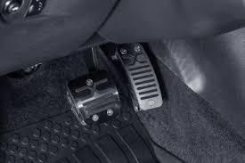 Комплект <b>накладок на педали</b> (для автомобилей 2016 с АКПП) за ...
