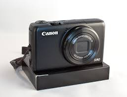 Canon PowerShot S90 Review - The Digital Story