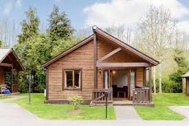 cabinets uk cabis: log cabins in surrey with hot tubs