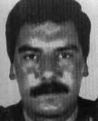A las 17:15 horas del 28 de octubre de 1986 ETA asesinaba en Bilbao al policía nacional JULIO CÉSAR SÁNCHEZ RODRÍGUEZ, en presencia de sus cuatro hijos ... - julio-cesar-sanchez