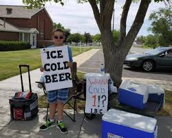Utah boy advertises '<b>Ice Cold Beer</b>' at root beer stand