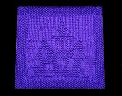 Halloween Castle pattern by Wineta - Ravelry