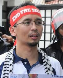 ... but to earn a living by bashing Islam at every opportunity is just as shameful as earning one by misusing your own profession. Umar Hakim Mohd Tajuddin - umarhakim
