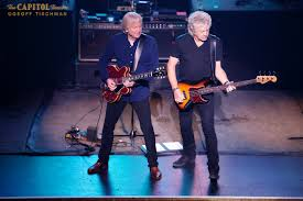 photo essay the moody blues live in new york stereo embers photo essay the moody blues live in new york