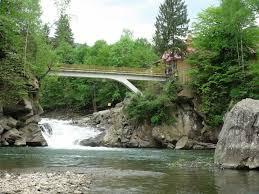 Картинки по запросу водопад Пробий мост