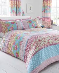 bedroom pretty shabby chic bedding set white beadboard floor pink blue floral quilt cover rectangular flower blue shabby chic bedding