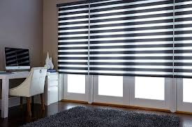 kitchen window blinds displaying images
