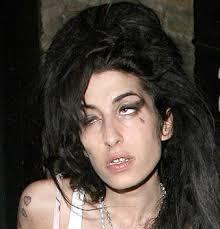 your fav Amy Winehouse pics :D Images?q=tbn:ANd9GcQmRnI0XrlZhfGc_0ECFyXqTc8rWPhHeTEjMM70Fbur5-7V00o1