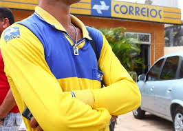 Resultado de imagem para Concurso dos Correios oferece vagas para nível médio e salário pode chegar a R$ 2.200