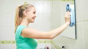 Чистка <b>зеркал</b>: моем <b>зеркало</b> без разводов в домашних условиях