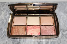 <b>Hourglass Ambient Lighting</b> Edit Sculpture Palette Swatches