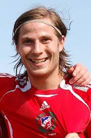 Hans Åhlin, AD. Matchens Viking Nils Pasthy. Matchens VIKing. Publik 54 personer. Väder +30, sol. - bild1