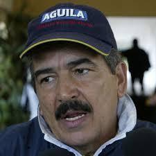 ... al seleccionador Jorge Pinto, que será suplido por Eduardo Lara - 20080917110322