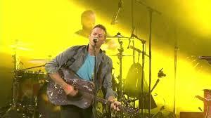 <b>Coldplay</b> - Yellow (<b>Live in</b> Madrid 2011) - YouTube