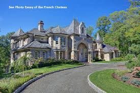 Castle Luxury house plans  manors  chateaux and palaces in    Castle Luxury house plans  manors  chateaux and palaces in European period Styles