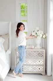 1000 ideas about mirrored side tables on pinterest mirrored furniture side tables and mirrors bedroom furniture bedside cabinets mirror antique
