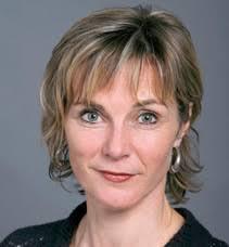 Maya Graf (Jg. 1962) ist seit 2001 Nationalrätin. 2009/2010 war sie im Bundeshaus Präsidentin der Grünen Fraktion. Die Baselbieter Biobäuerin lebt mit ihrer ... - cms-image-000059937