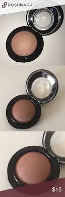 <b>MAC</b> mineralized blush in <b>Humour Me</b>