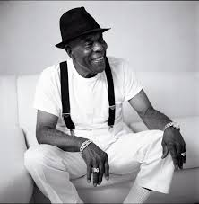 From Howlin' Wolf to Hendrix: The Life and Times of <b>Buddy Guy</b> ...