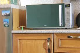 <b>Микроволновка</b> BBK <b>BBK 20MWG</b>-<b>733T</b>/<b>BS</b>-<b>M</b> обзор и инструкция