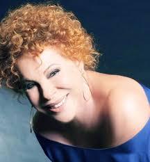 Nella sua unica tappa in Calabria, durante il suo tour estivo dei principali luoghi d'Italia, Ornella Vanoni sarà in concerto martedì 30 luglio al teatro ... - Ornella-Vanoni