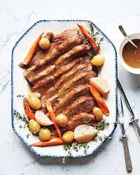 Hanukkah Dinner Recipes That the Whole Family Will Love | Martha ...