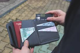 Как работает <b>кошелёк</b> с <b>RFID</b>-защитой? | NEOVIMA | Прикроем ...