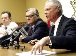 Judge refers Ariz. Sheriff Joe Arpaio for criminal prosecution by feds ...