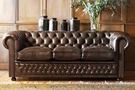 chesterfield sofa classic from fleming howland httpmysoulfulhomecom chesterfield furniture history