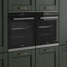 Fairford <b>Dark Green</b> Kitchen | Fitted Kitchens | Howdens