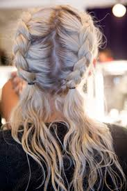 Long Hairstyles With Braids 25 Best Ideas About Beach Braids On Pinterest Beach Hairstyles