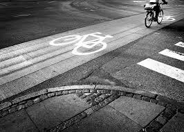 Resultado de imagen para ciclismo gobierno y gasolina