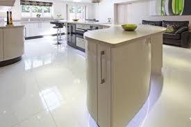 corian kitchen top: a kitchen designed by earle amp ginger featuring corian worktops