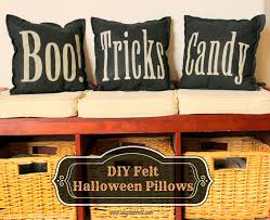 love halloween window decor: i dig pinterest  halloween decor craft recipe and party ideas diy felt pillows tshirt