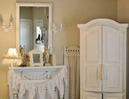 Shabby Chic Bedroom Wall Colors : Shabby chic paint colors