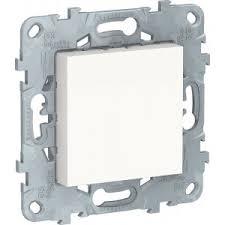 Купить <b>Schneider Electric</b> NU586618 <b>заглушка</b> 45х45 Unica NEW ...