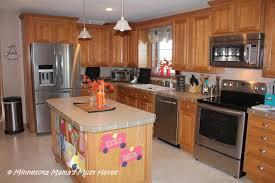 kitchen redo gomezplaykitchenredo my maytag kitchen makeover the maytag kitchen appliances have arrived
