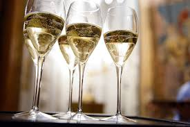 The 10 <b>Best</b>-Selling <b>Champagne</b> Brands in the World 2019