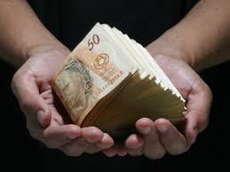 Resultado de imagem para loteria e dinheiro fotos