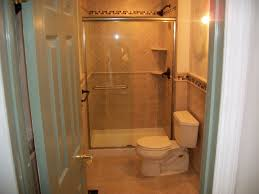idea small apartment bathroom